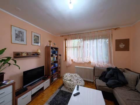prodaja trosoban stan Dobrinja Sarajevo