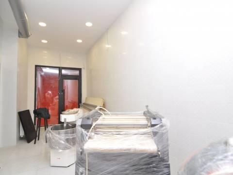 PRILIKA Opremljen poslovni prostor 136m2 Nova Otoka