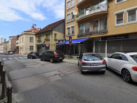 Višenamjenski poslovni prostor 46m2 Čekaluša