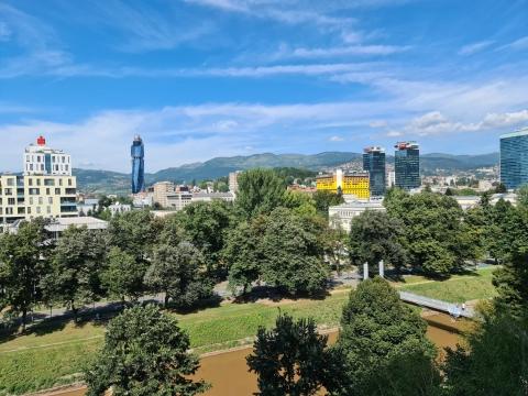 Sarajevo – grad u kojem ljudi i nekretnine dijele zajedničku sudbinu