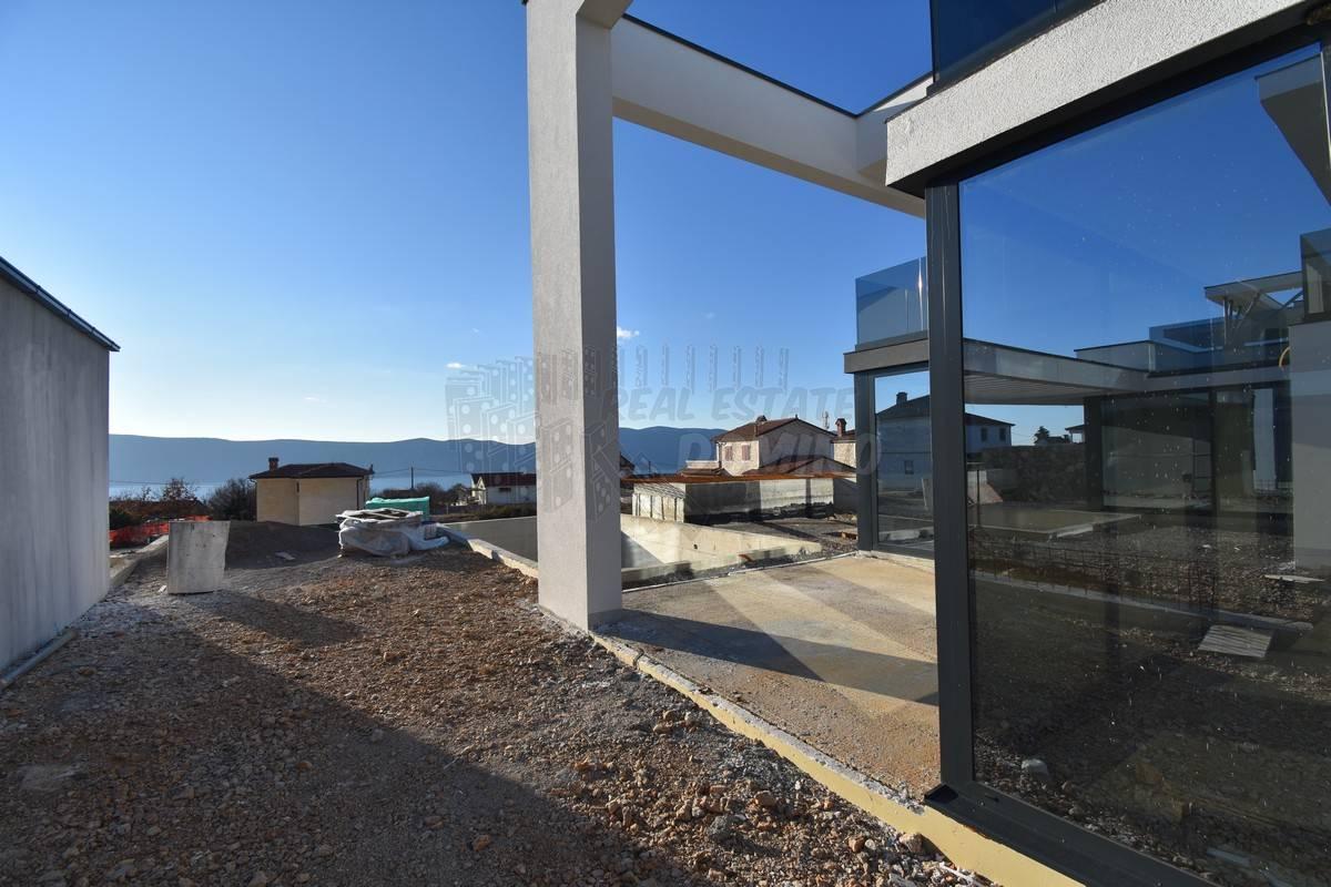 Krk Bereich, exklusive Villa zu verkaufen mit Meerblick, Neubau!