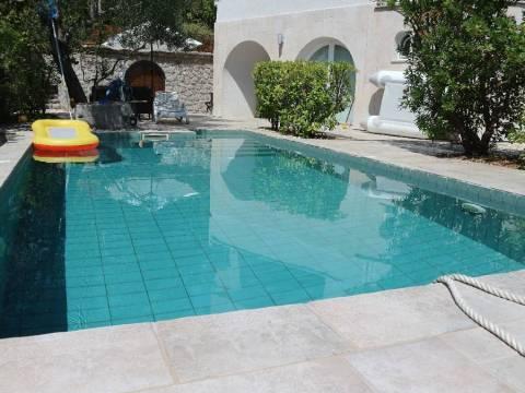 Confortevole cottage con una piscina!