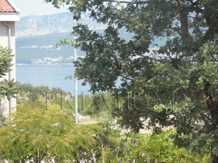 Šilo, prodaja, samostojeća kuća s velikom okućnicom i pogledom na more!