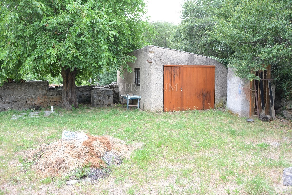 Krk Area, Sale Of Old Semi   Detached Stone House With Garden And Garage !!  Adaptation Needed !!, Old Stone House