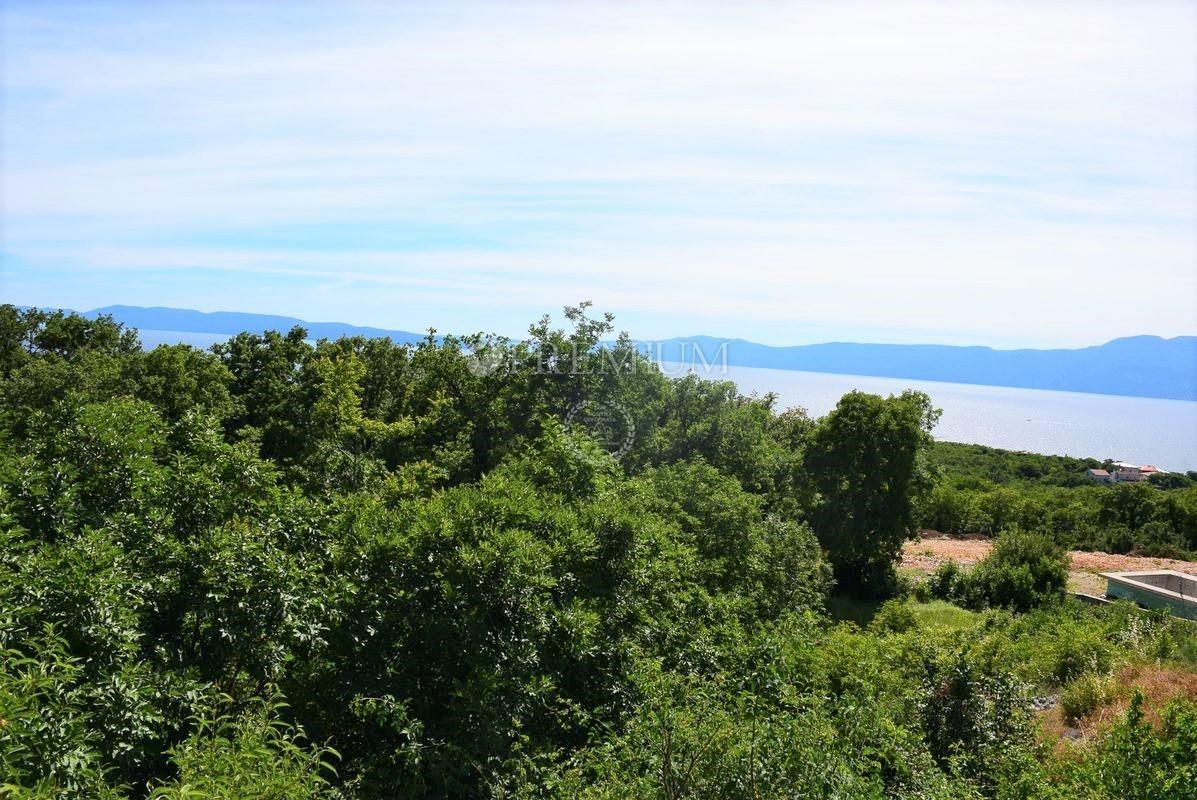 Okolica Rijeke, Kostrena, prodaja građevinskog zemljišta od 1851 m2 !! Pogled more !!