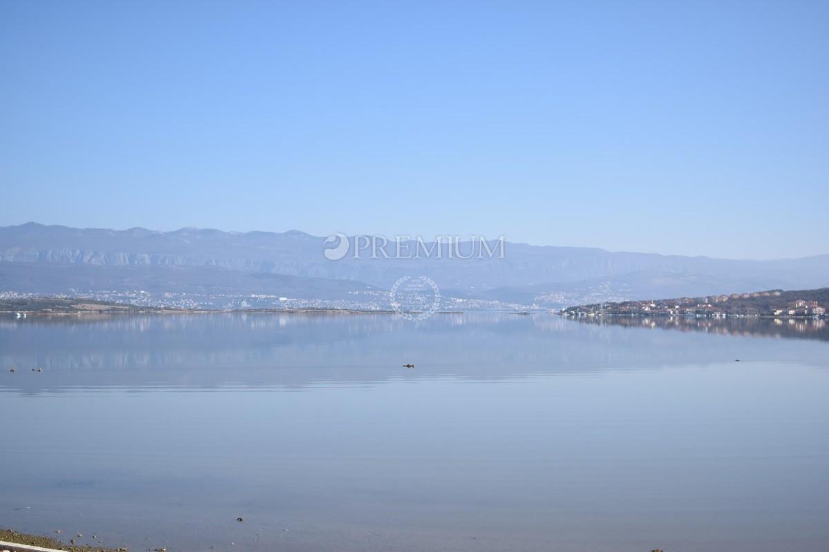 Okolica Dobrinja, prodaja poljoprivrednog zemljišta od 3798 m2 sa pogledom na more !!