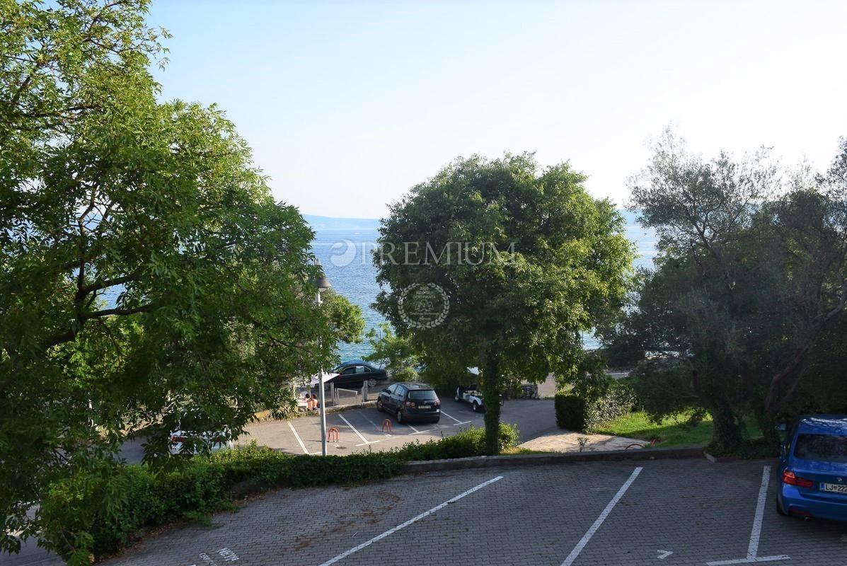 Selce, apartma od 84 m2 s pogledom na morje !!