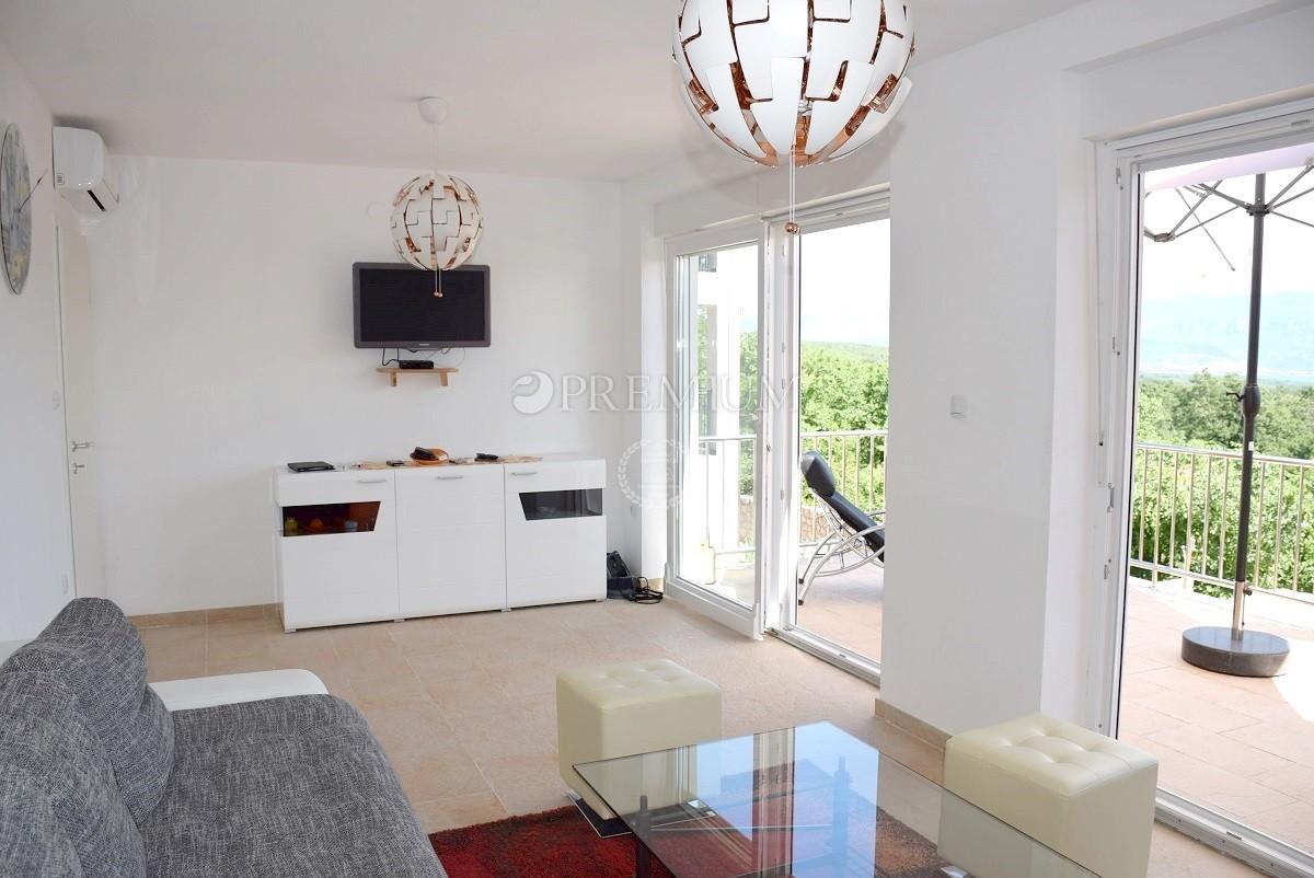 Vrbnik, okolica, prodaja dvojne hiše površine 180 m2 s čudovitim pogledom na morje