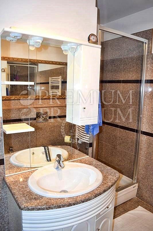 Punat, luksuzni apartman s prekrasnim pogledom na more!