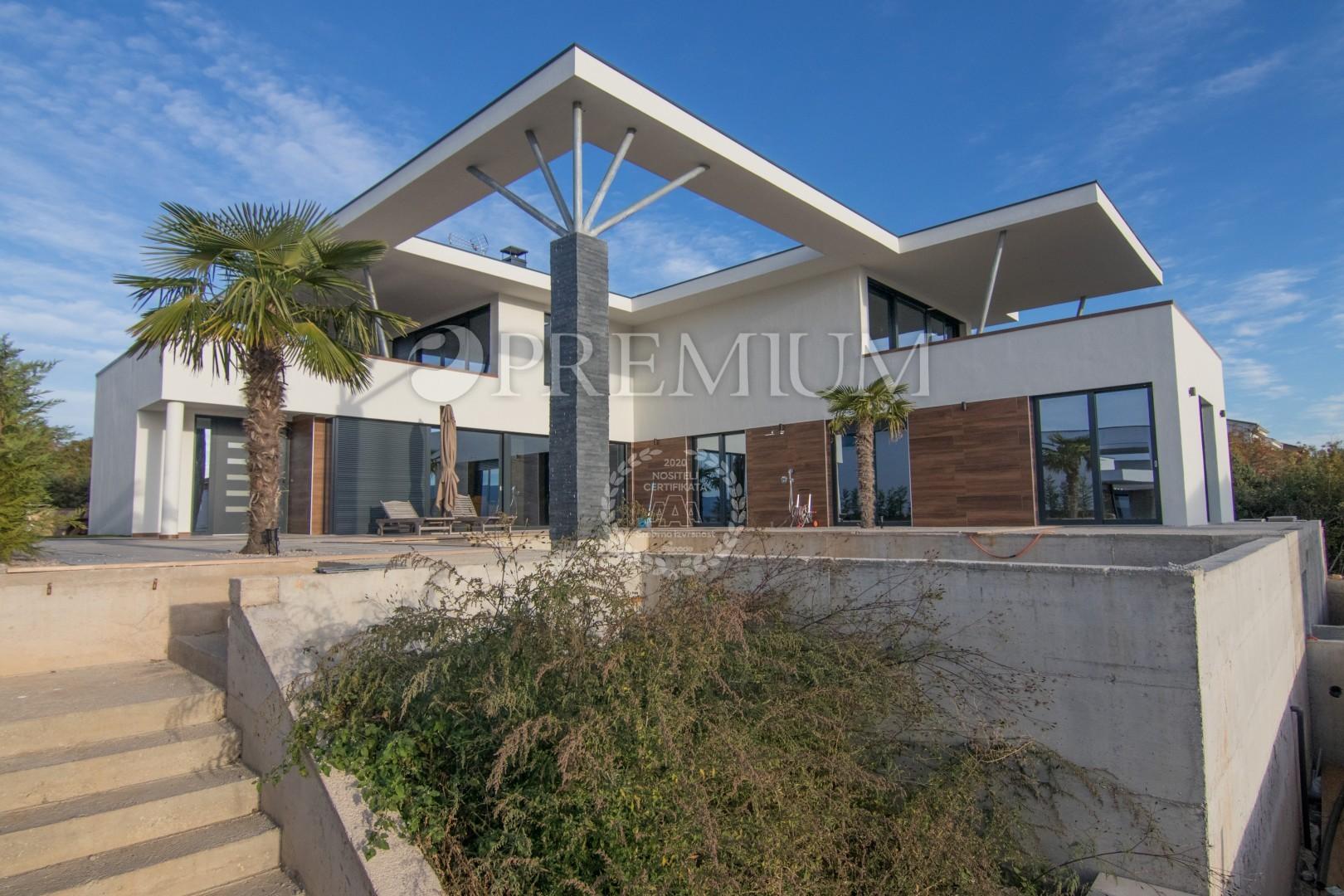 Okolica mesta Krk, prodaja ekskluzivne sodobne vile s pogledom na morje in bazen!