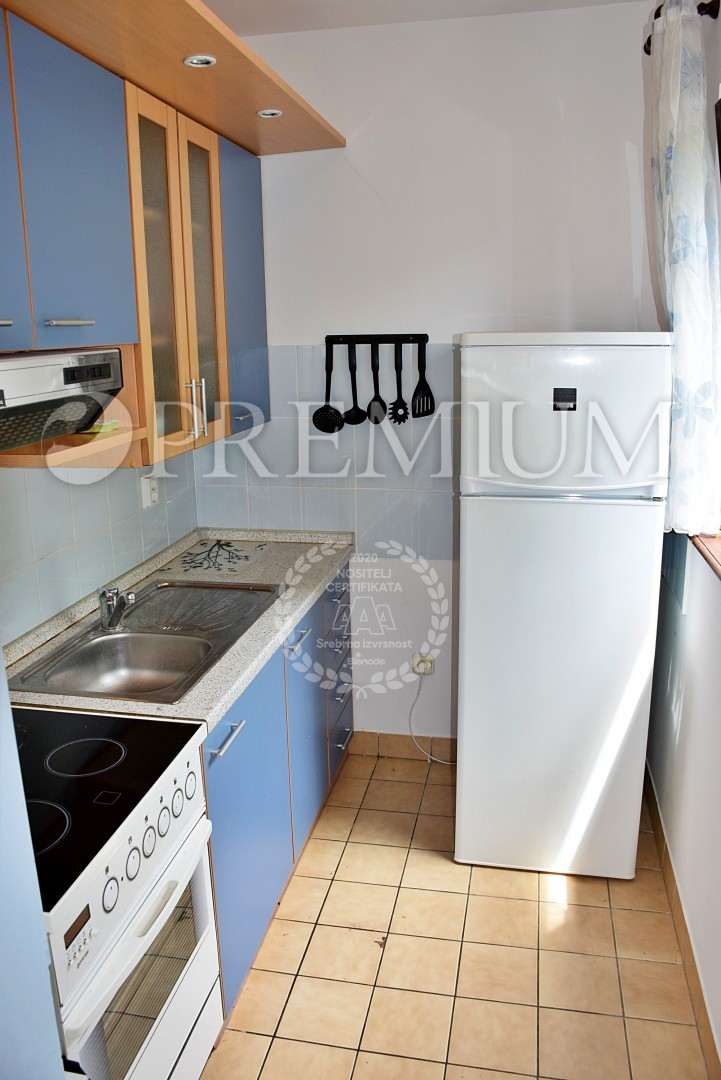 Krk, for sale, apartment on the ground floor, 150 m from the sea!