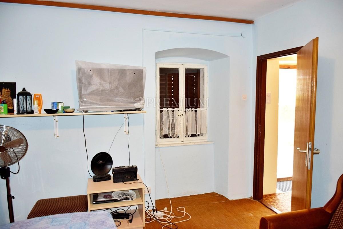 Uvala Soline, prodaja, kuća s vrtom i pogledom na more!