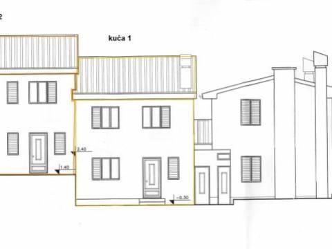 Omišalj, prodamo hiša v velikosti 51,90m2 z vrtom 20m2 na mirni lokaciji! Le 100 metrov od morja!
