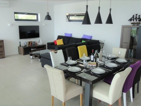 Uvala Soline, moderna luksuzna villa sa predivnim pogledom!