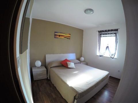 Čižići, prodaja opremljenog apartmana sa studiom u suterenu!!