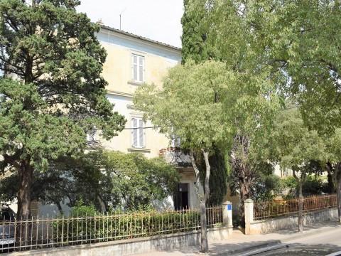 Novi Vinodolski, prodaja, stan za adaptaciju na 2. katu starinske vile