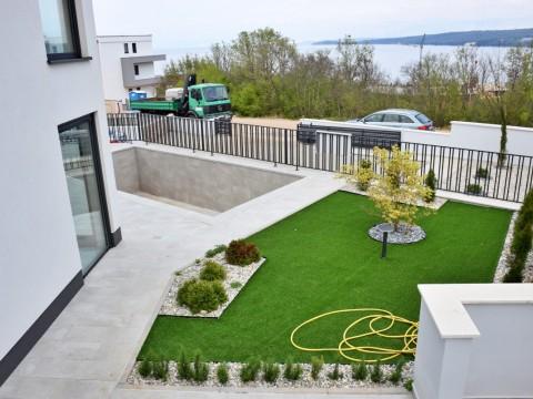 Malinska, prodaja, ekskluzivni duplex stanovanje z vrtom in bazenom, 96.58m2!