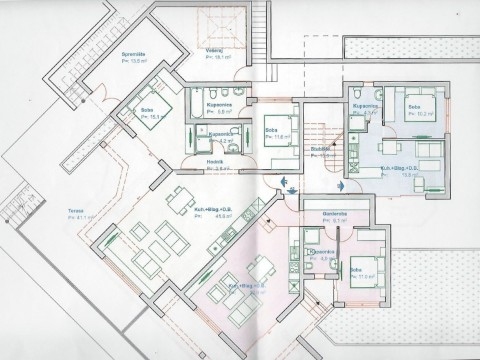 Ičići, prodaje se stambena zgrada od 757,80m2 sa 11 stambenih jedinica i projektom za rekonstrukciju!
