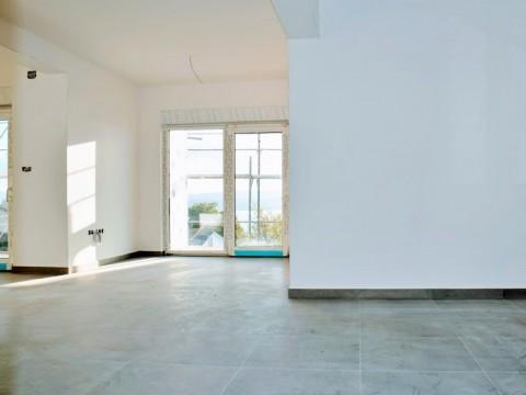 Dramalj, prodaja, stan od 108m2 s pogledom na more u novogradnji, 700m od mora! Useljenje do ljeta 2020!