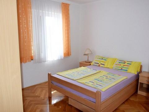 Malinska, prodaja, opremljeno stanovanje na atraktivni lokaciji, v centru Malinske!