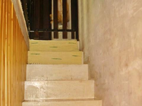 Okolica Crikvenice, prodaja, samostojeća kuća s više apartmana, 150 m od mora!