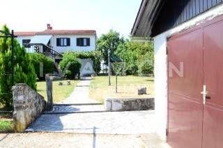 Lovely Etage 83 M2, Garage 20 M2 Und Garten Von 700 M2