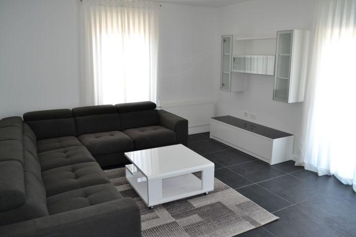 Simpatična nova kuća uža okolica Poreča