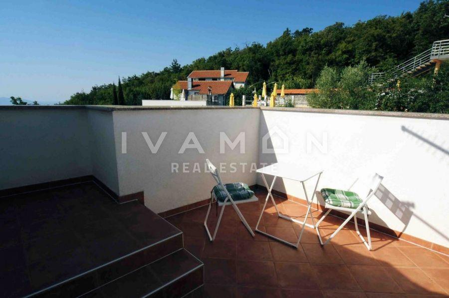 Villa sa pogledom na more i bazenom