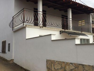 Umag okolica, lijepa obiteljska kuća na mirnoj lokaciji