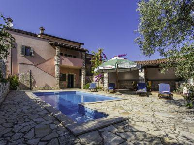 Poreč, Vabriga/Abrega - kuća sa bazenom