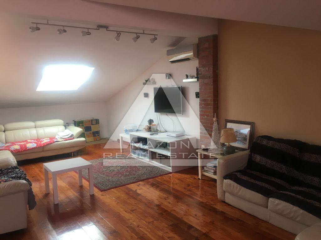 Poreč centar, komforan stan na odličnoj lokaciji