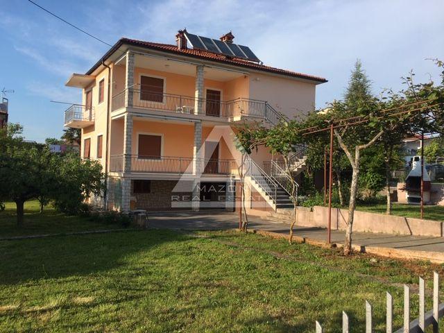 Umag, lijepa samostojeća kuća samo 250 m od mora