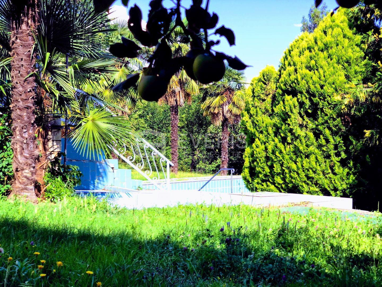 Opatija - Volosko, vila s bazenom na parceli od 2909 m2