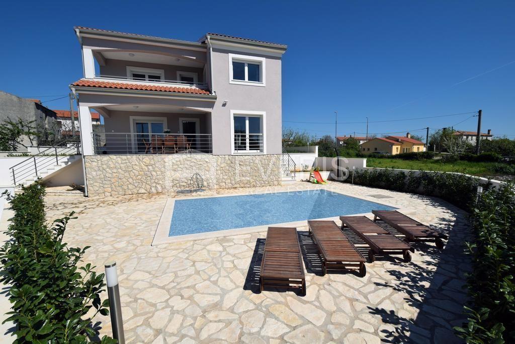 Kuća, otok Krk, Linardići, 130 m2