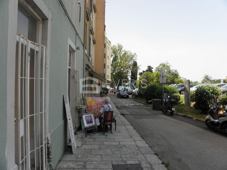 Business premise Poluotok, Zadar, 6m2
