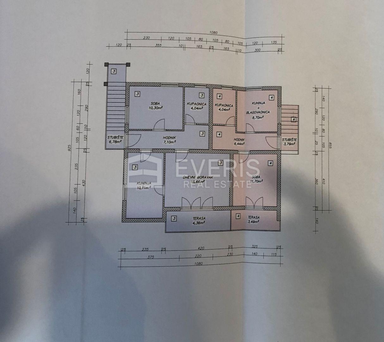 Opatija, Poljane, kuća 280 m2