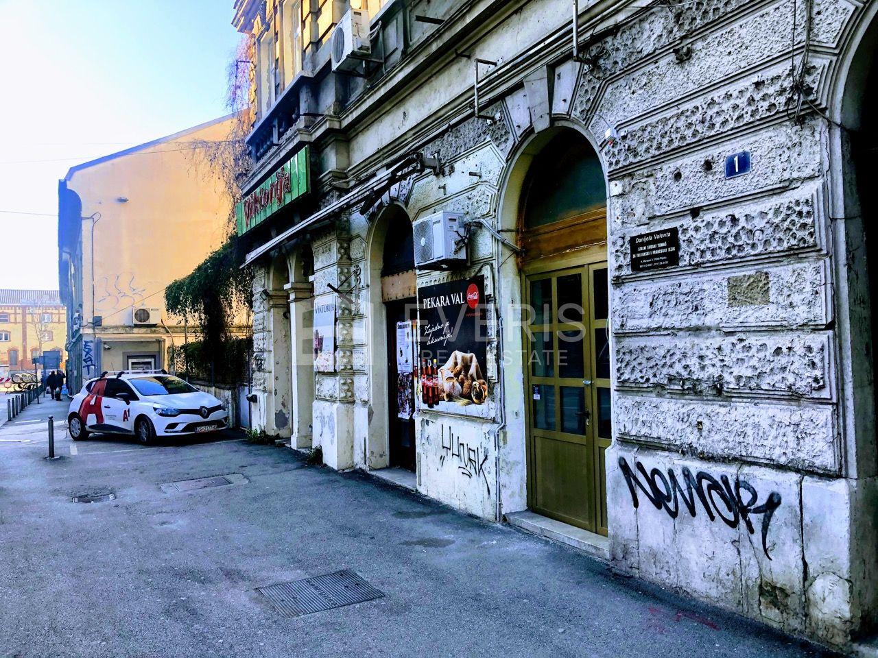 Rijeka, Brajda, poslovni prostor 15 m2