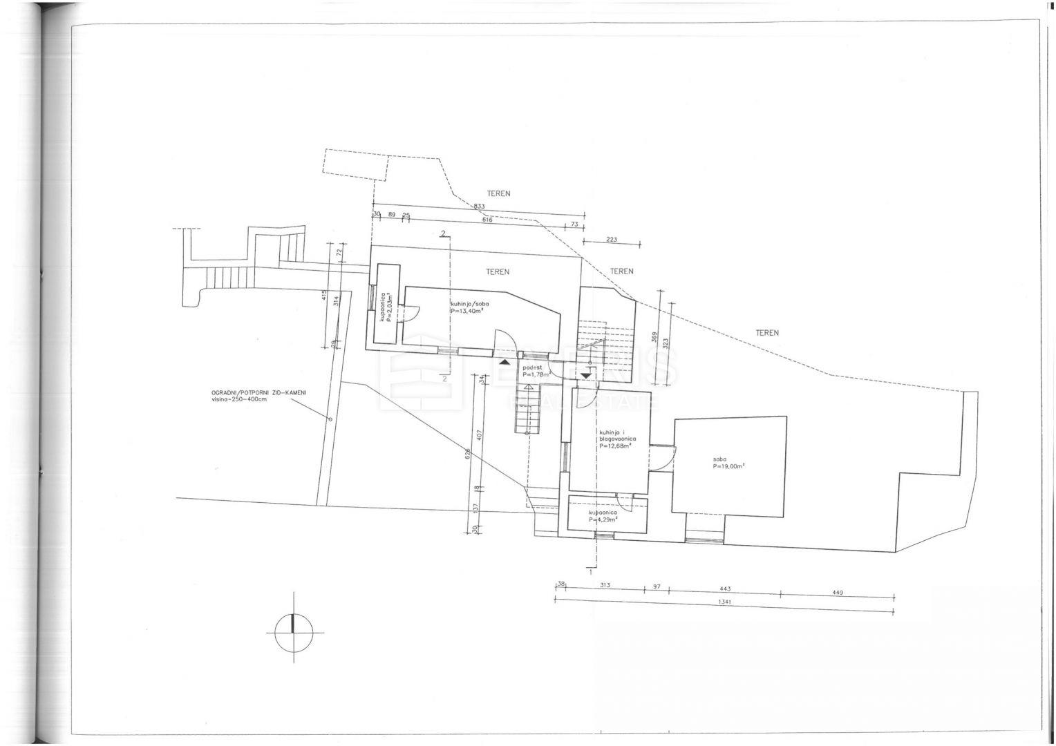Kastav, centar, kuća 180 m2 s pogledom na more