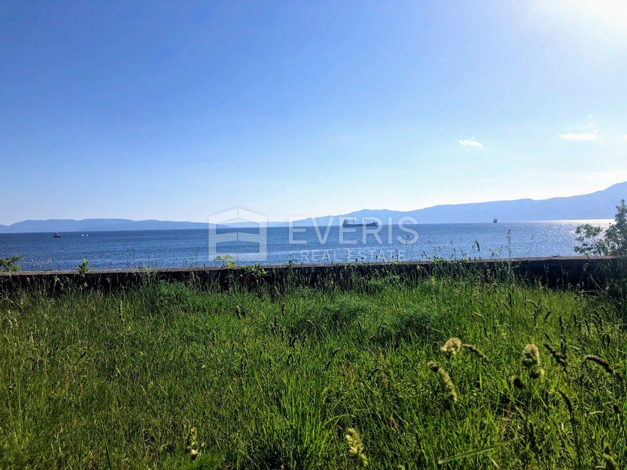 Rijeka, Pećine, Vila 1. red do mora
