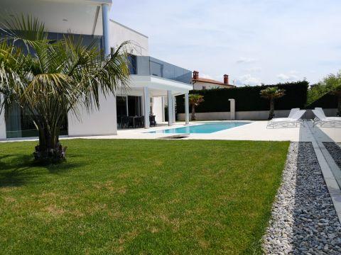 Poreč, vila s bazenom, 416 m2