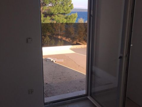 Lošinj, Nerezine, stan prvi red do mora