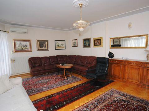 Ičići - Opatija, stan 230 m2, prvi kat