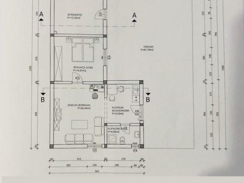 Lovran, kuća s više stambenih jedinica