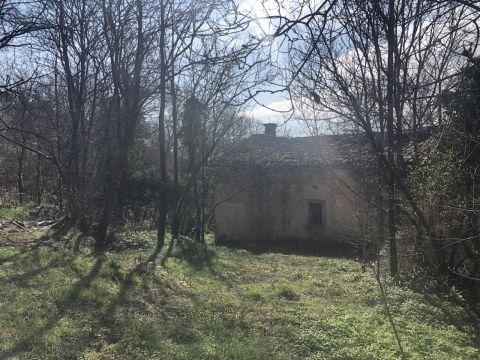 Kastav, blizina centra, zemljište 2524 m2 sa starinom