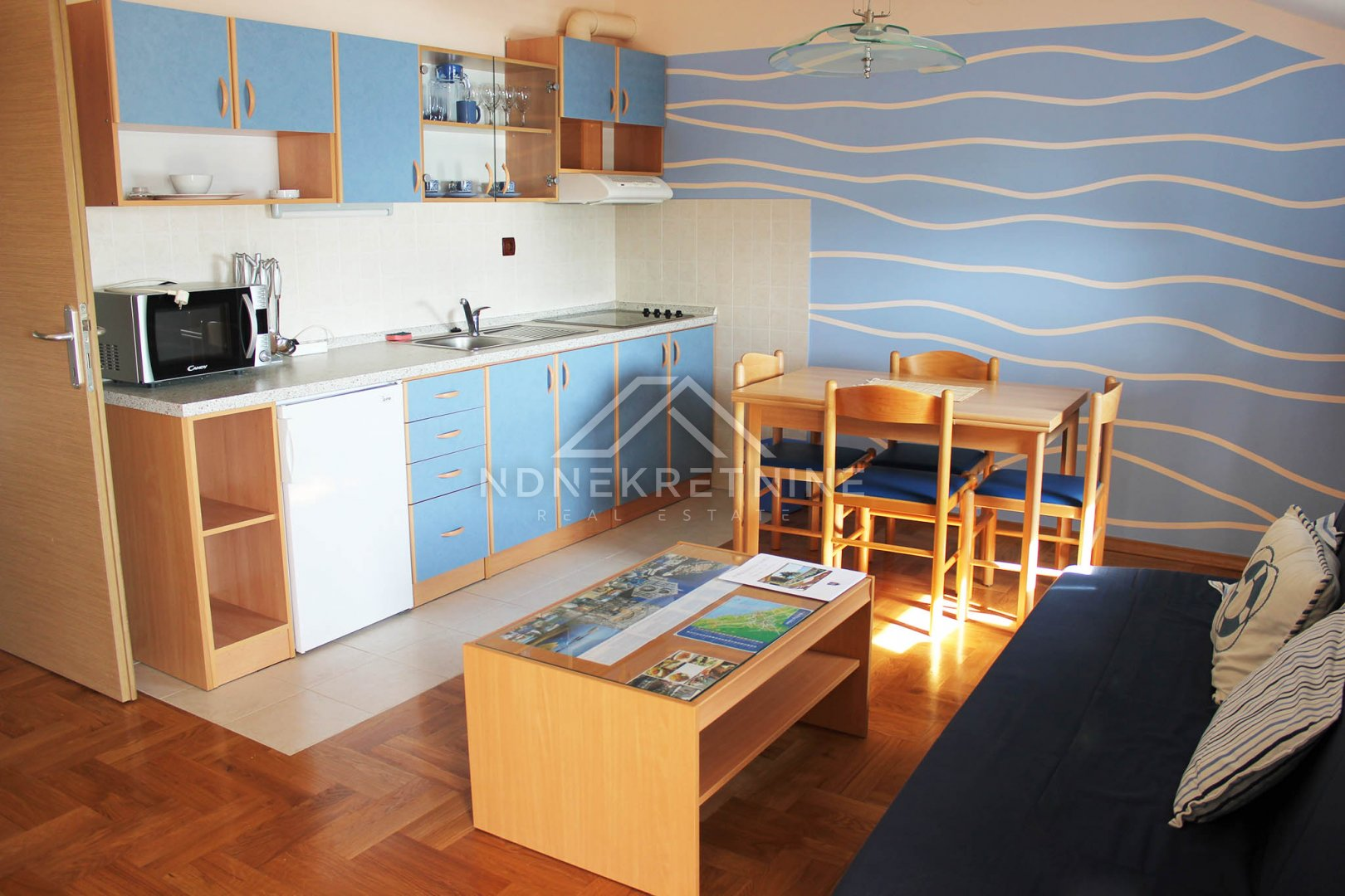 Apartmanska kuća uz more kod Zadra