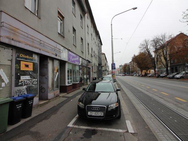 Ulični lokal Maksimiska ulica