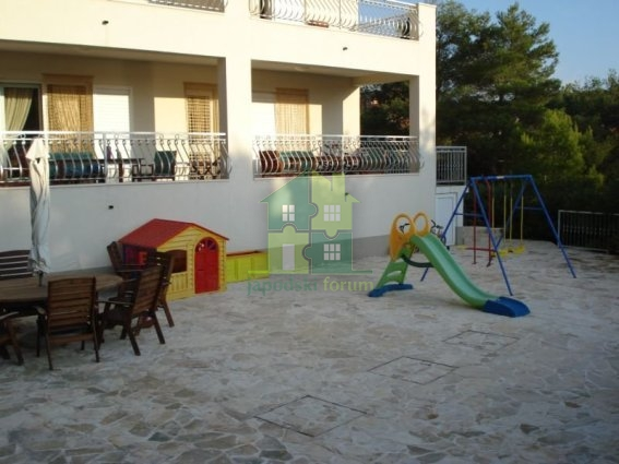 Vila na Šolti sa privatnom plažom