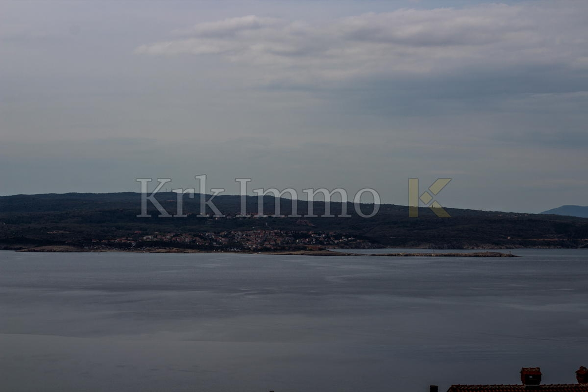 Only two apartments are free. Crikvenica, new with sea view.