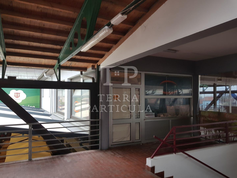 Zabok, tržnica lokal 39 m2, na katu