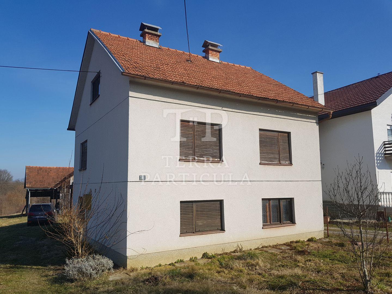 Oroslavje, Stubička Slatina 151, katnica cca 160 m2